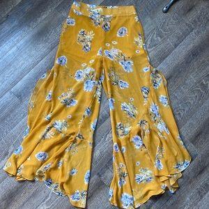 F21 Flowy Floral Pants